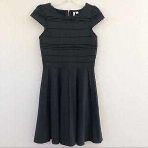 ELLE Black cocktail dress. Sz 2.